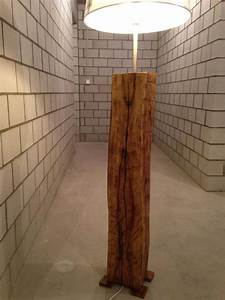 Stehlampe Aus Holz : die besten 25 stehlampe holz ideen auf pinterest led stehlampe schulabschlussportraits und ~ Indierocktalk.com Haus und Dekorationen