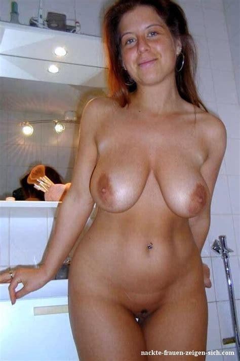 H Bsche Frau Mit Nackten H Ngenden Titten Nackte Frauen Pics Dein Bilder Album