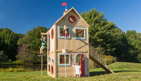 playhouse  outdoor wood playhouse cedarworks playsets