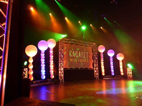 decoration de de spectacle d 233 coration de sc 232 ne en ballons pour une soir 233 e cabaret d 233 coration de ballons pour mariage