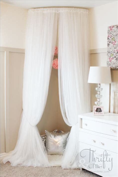 cat canopy bed 12 diy canopy beds that will make your bedroom feel like a