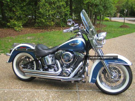 Classic Vintage Looking 2005 Harley Davidson Flstn Softail