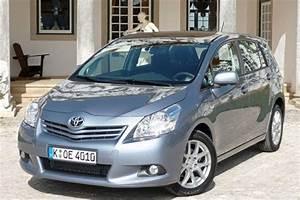 Toyota Verso Dimensions : toyota verso 2009 road test road tests honest john ~ Medecine-chirurgie-esthetiques.com Avis de Voitures