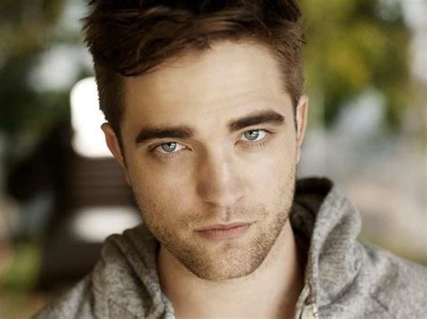 Robert Pattinson ditches his British accent for roles ...