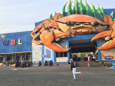 tempat wisata  lamongan  hits