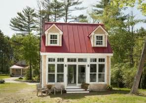 Top Photos Ideas For Tiny Home Cottage by Small House Living On A Grand Scale