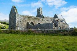 Cottage Irlandesi Dei Tipici Cottage Irlandesi Nella Regione Di Foto