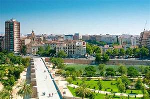 The Turia Gardens  What To Visit In Valencia  Spain