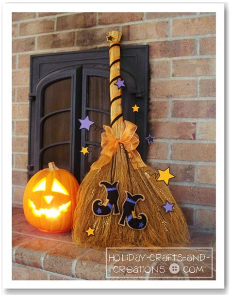 halloween sewing  decorating idea enchanted witchs broom