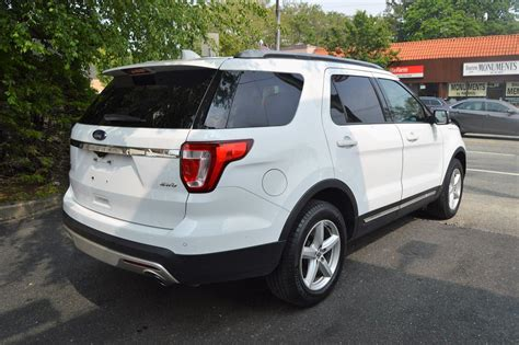 ford explorer xlt stock   sale  great