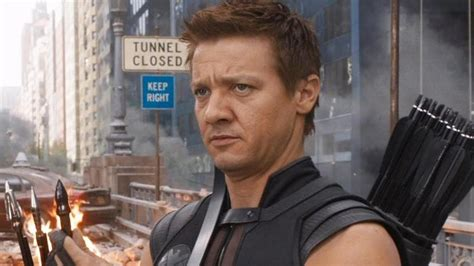 Where Hawkeye The New Infinity War Trailer Esquire