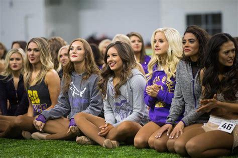 minnesota vikings cheerleaders auditions
