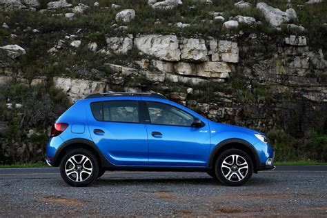Renault Car : Renault Sandero Stepway Plus (2018) Quick Review
