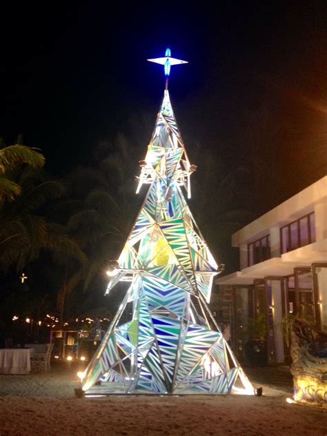 discovery christmas tree at discovery shores boracay philippines worldwide
