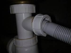 Tuyau Lave Vaisselle : tuyau d 39 vacuation lave vaisselle incompatible avec siphon ~ Premium-room.com Idées de Décoration