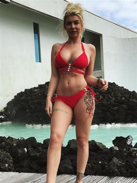 wow olivia buckland shows   incredible body