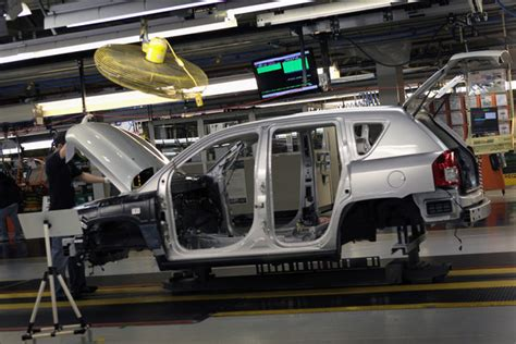 Chrysler Plant Belvidere Il by Chrysler Ceo Sergio Marchionne And Il Gov Quinn Tour