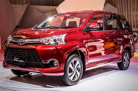 Review Toyota Avanza Veloz by Toyota Ph Introduces 2018 Avanza Veloz Autodeal