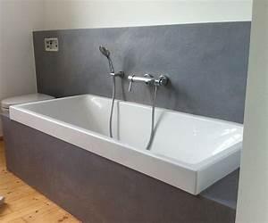 Wasserfeste Wandverkleidung Bad : badewanne in terreno zemtentputz farbefreudeleben ~ Frokenaadalensverden.com Haus und Dekorationen