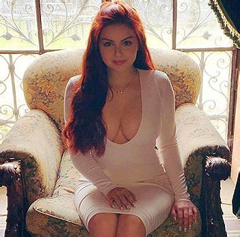 ariel winter   happy easter   outfit