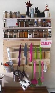 étagères à épices : etag res pices grand format en bois de palette pour la cuisine ~ Teatrodelosmanantiales.com Idées de Décoration