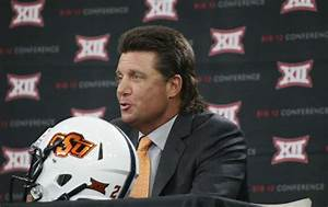 Oklahoma State's Mike Gundy says his mullet worth ...