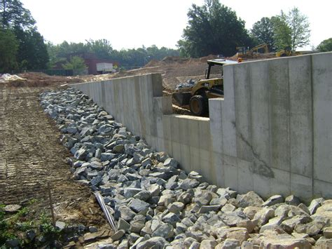 retaining concrete wall pinnacle design build group inc cast in place concrete retaining walls
