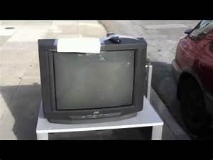 2000 Jvc D-series Av-27d201 Crt Television Set On The Street