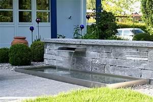 Brunnen Im Garten : gartenbrunnen brunnen wasserspiele im garten conma gartendesign ~ Sanjose-hotels-ca.com Haus und Dekorationen