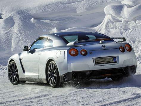nissan gtr picture  reviews news specs buy car