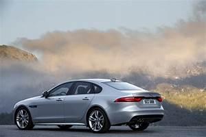 Essai Jaguar Xf : essai jaguar xf 2015 le test de la version diesel de 180 ch photo 3 l 39 argus ~ Maxctalentgroup.com Avis de Voitures