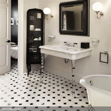Fliesen Schwarz Weiß Muster by Kleines Badezimmer Edel Einrichten In 2019 Fliesen