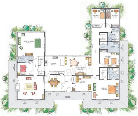 shaped house  courtyard house plans  shaped