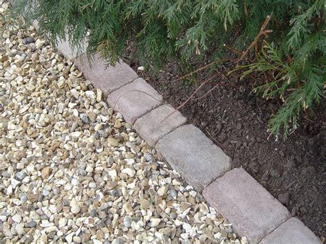 walkway edging material cost to install gravel driveway how to install a pea gravel driveway bing evergreen