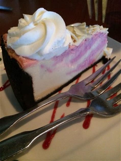 olive garden bangor maine white chocolate raspberry cheesecake picture of olive