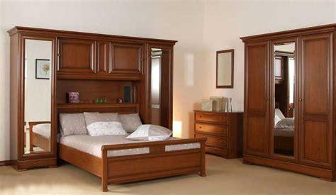 armoire chambre bois massif armoire chambre coucher bois massif armoire idées de