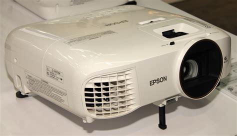 اختبار جهاز عرض بروجكتر EH-TW5650 من إبسون