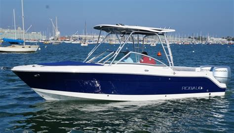 Robalo Boats R247 by New Robalo R247 Crossover Bowrider For Sale Boats For