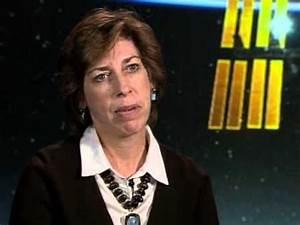 5 Ellen Ochoa Astronaut encourages Hispanic women ...