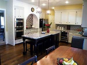 Kitchens on a budget our 14 favorites from hgtv fans for Kitchen remodeling ideas increase value house