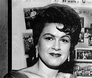 Patsy Cline Fans Go Crazy As House Where Fifties Singing