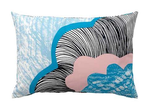 coussin canapé ikea couleur on fait sa déco en et bleu pastel
