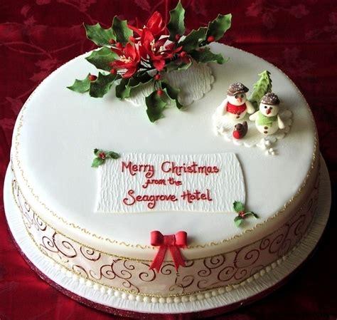 christmas cakes   centrepiece cake designs