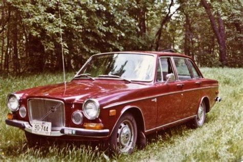 1969 Maroon Volvo 164 Car Picture | Old Volvo Car Photos