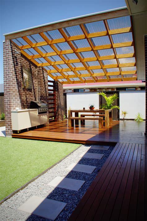 decorating  beloved home  polycarbonate roof
