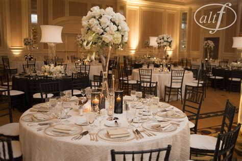 Black And White Wedding Table Setting  Las Vegas Wedding Blog