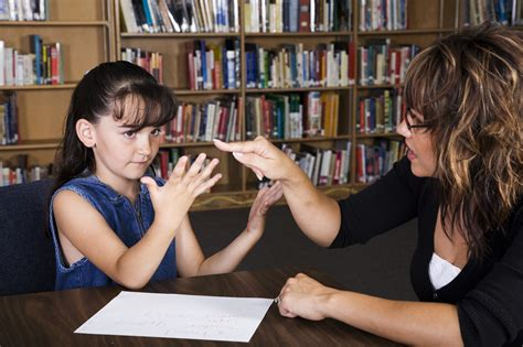 Private Math Tutor vs Tutoring Servic: Which is Better for Your Child?