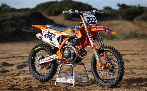 red motocross photo gallery antonio cairoli 39 s red bull ktm450sxf dirt