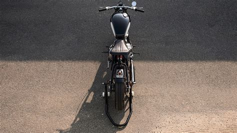 Modification Royal Enfield by Modified Royal Enfield Classic 500 The Beast Images