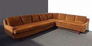 116 best vintage sectionals images on pinterest for Vintage velvet sectional sofa